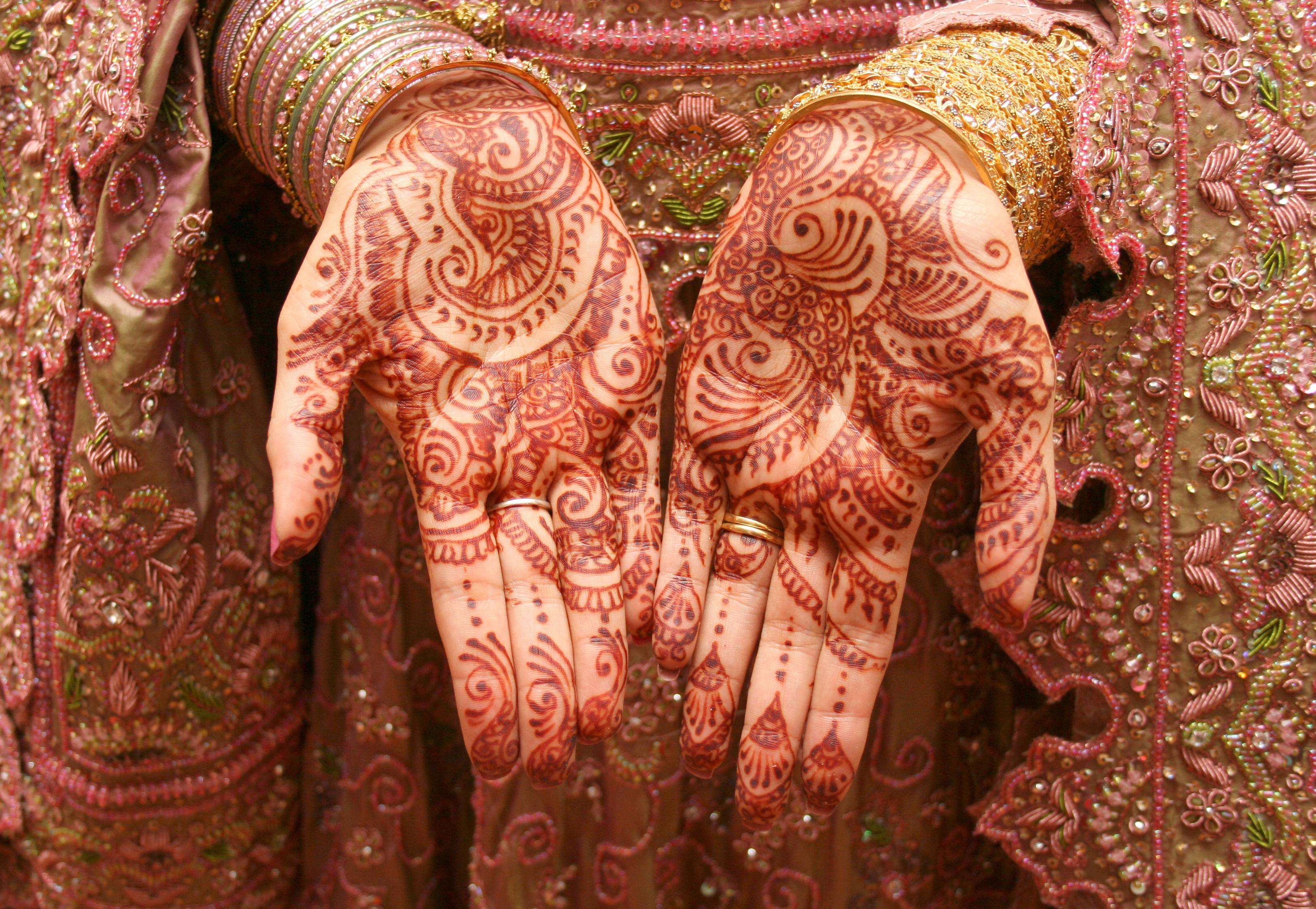Free Henna Designs | Lovetoknow - Free Printable Henna Tattoo Designs
