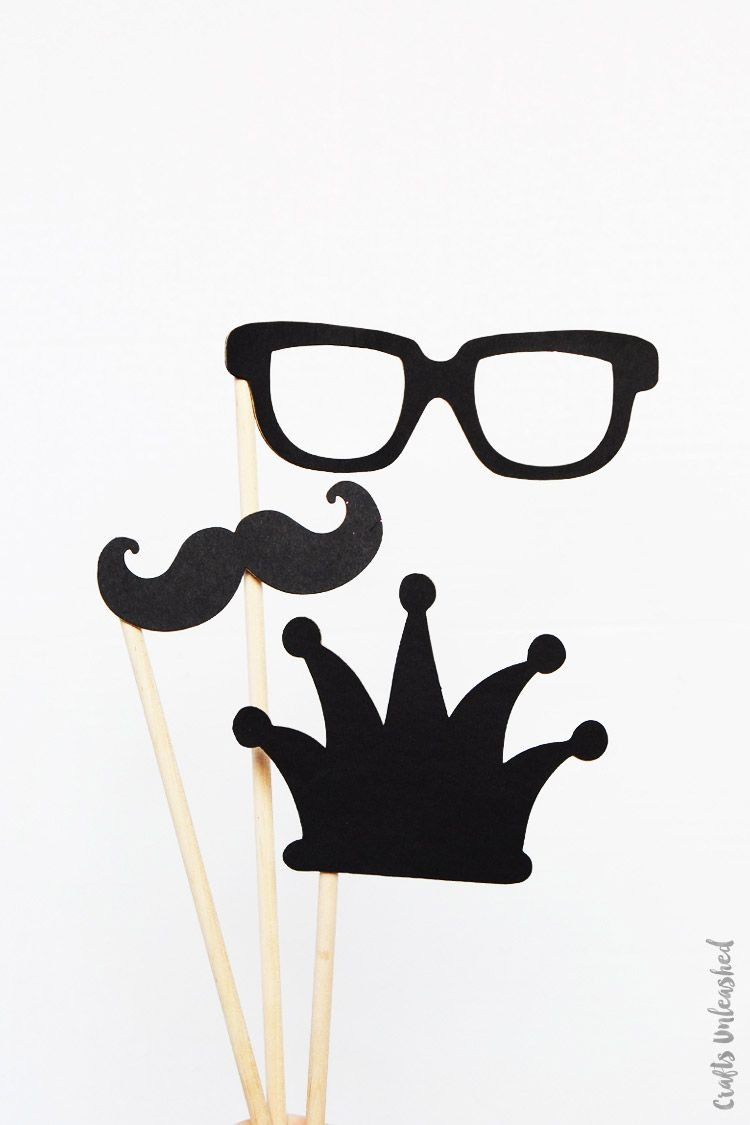 Free Printable Photo Booth Props: New Year's Eve - Consumer Crafts - - Free Printable Photo Booth Props