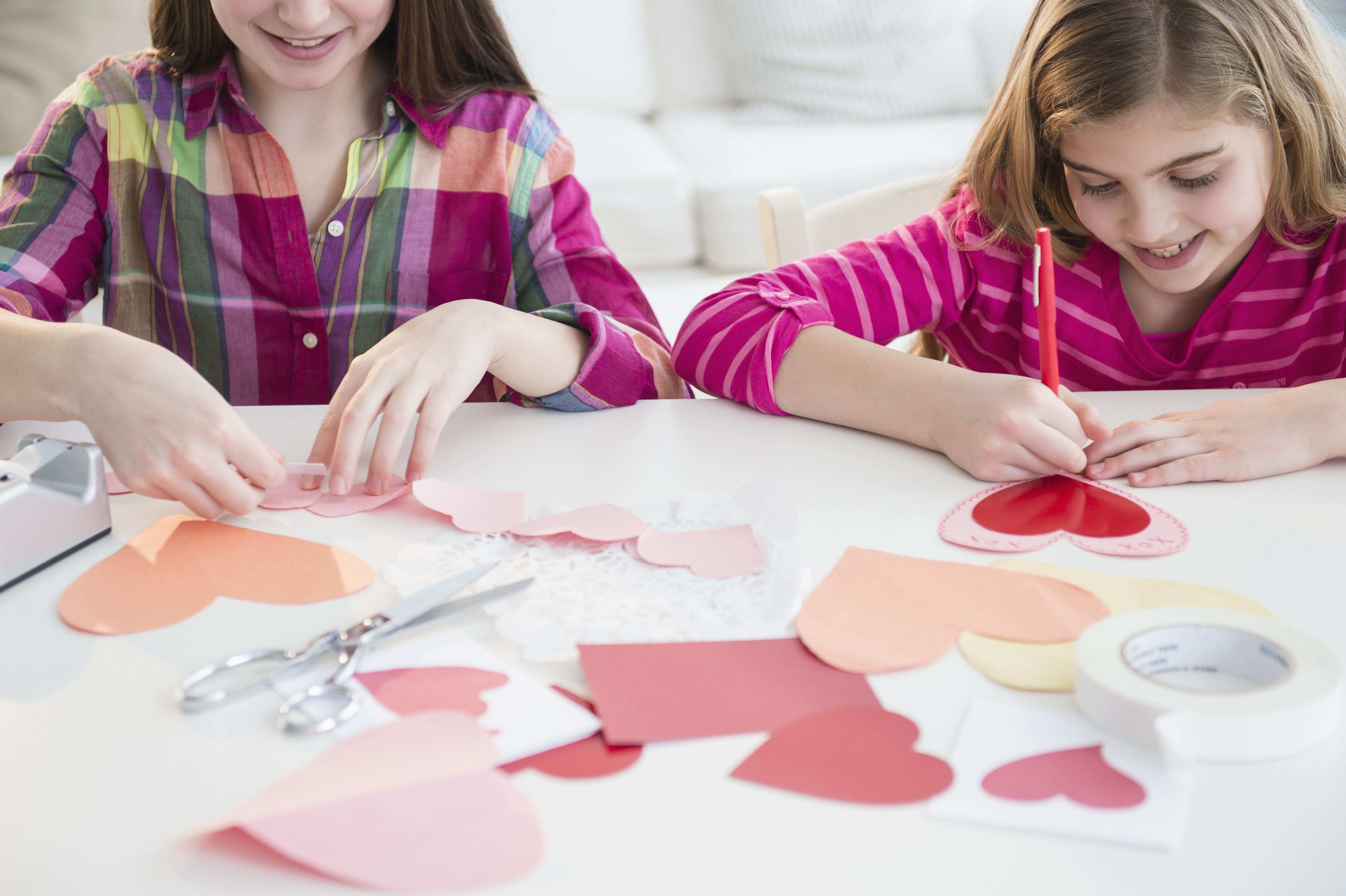 Vintage Valentines Day Decor 543 Free Printable Valentine S Day - Free Printable Valentine's Day Decorations